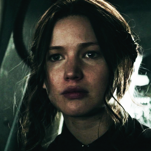 凯特尼斯·伊夫狄恩 壁纸 probably with a portrait called Katniss Everdeen