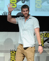Liam at Comic Con - liam-hemsworth photo