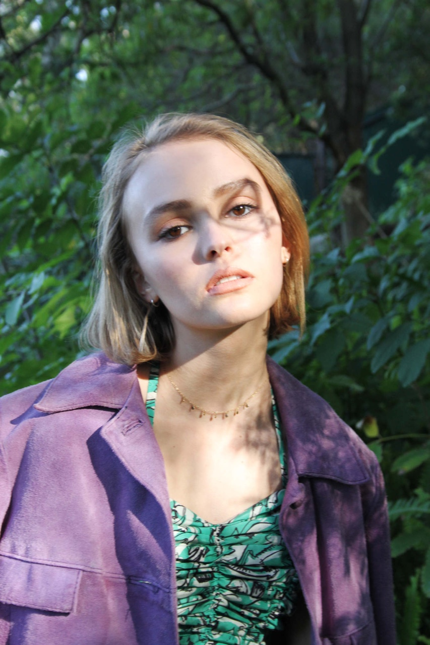 Rose lily depp oyster magazine