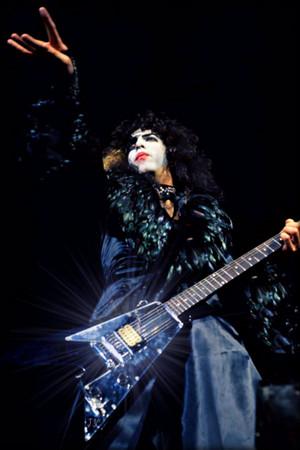 Paul ~Houston, Texas…August 13, 1976 (Destroyer Tour)