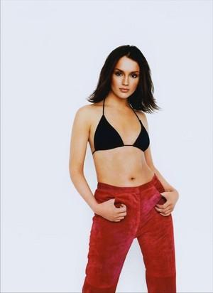 Rachael Leigh Cook - FHM Photoshoot - 2000