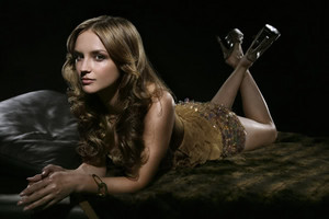Rachael Leigh Cook - Unknown Photoshoot