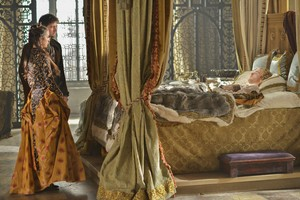 "Reign ""Reversal of Fortune"" (2x18) promotional picture"