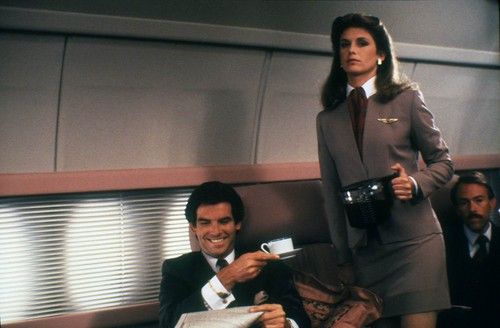Remington Steele fondo de pantalla containing a business suit and a well dressed person entitled Remington Steele