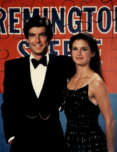 Remington Steele fond d'écran probably containing a business suit called Remington Steele