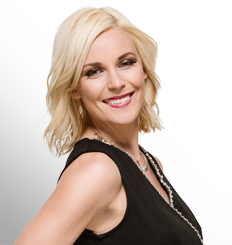 Renee Young - WWE.com پروفائل Pic