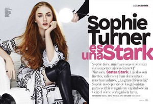 Sophie Turner in Glamour Mexico