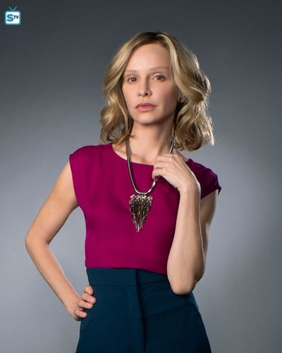 Supergirl (2015 TV Series) hình nền possibly with a cốc-tai, cocktail dress, a blouse, and a playsuit, người chơi titled Supergirl - Cast Promo Pics