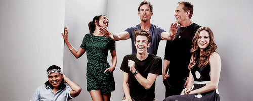 The Flash (CW) fond d'écran titled The Flast Cast - Comic Con