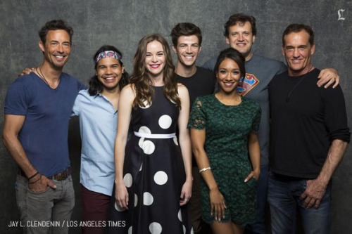 The Flash (CW) वॉलपेपर titled The Flast Cast - Comic Con