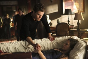 "The Vampire Diaries ""I'm Thinking of 你 All the While"" (6x22) promotional picture"