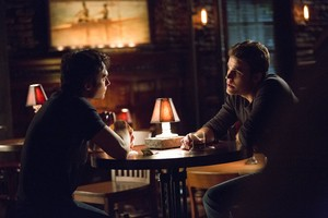 """The Vampire Diaries """"The еще Ты Ignore Me, the Closer I Get"""" (6x06) promotional picture"""