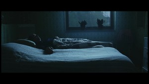 Waiting For amor {Music Video}