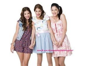 camila, francesca and Violetta