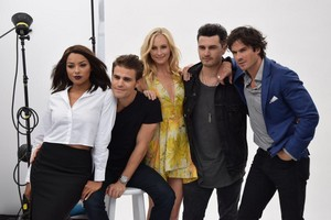 tvd cast at sdcc2015
