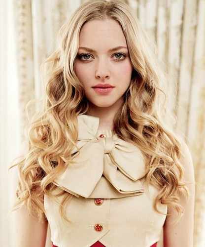 Amanda Seyfried wallpaper probably containing an overgarment, a box coat, and a well dressed person titled   Amanda