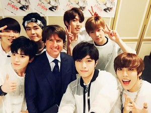 ♥ INFINITE With Tom Cruise ♥