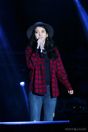 140921 IU at Melody Forest Camp concerto
