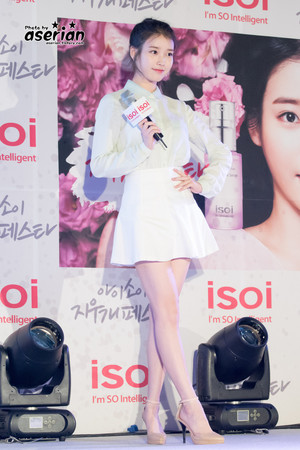 150515 IU at ISOI Hongdae Event