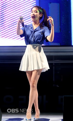 150731 iu at Hite Jinro playa concierto (News Photos)