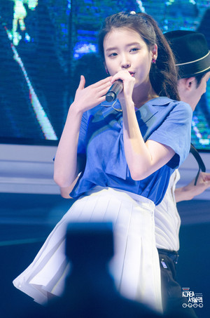 150731 IU at Hite Jinro Beach Concert