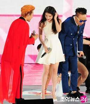 150813 IU, GD and Park Myungsoo at Infinity Challenge Festival