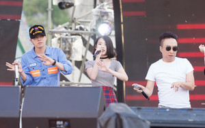 150813 IU at Infinity Challenge Song Festival Rehearsal