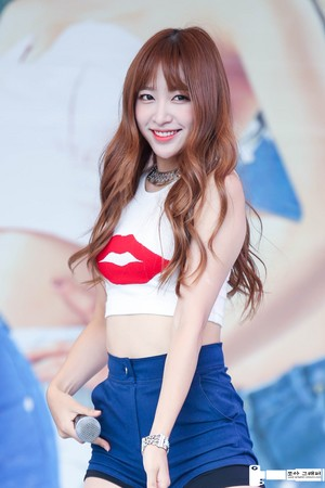 150816 EXID Hani California pantai Event