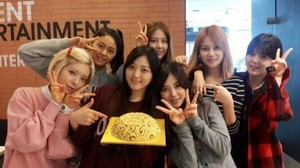 AOA without makeup