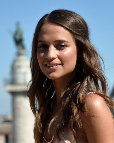 Alicia Vikander wallpaper containing a portrait entitled Alicia Vikander