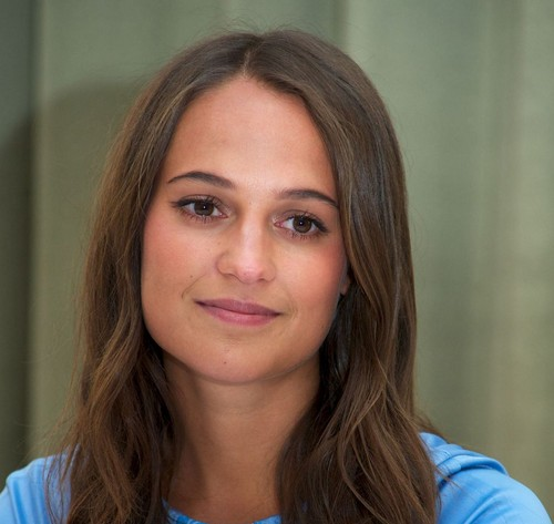 Alicia Vikander দেওয়ালপত্র with a portrait called Alicia Vikander