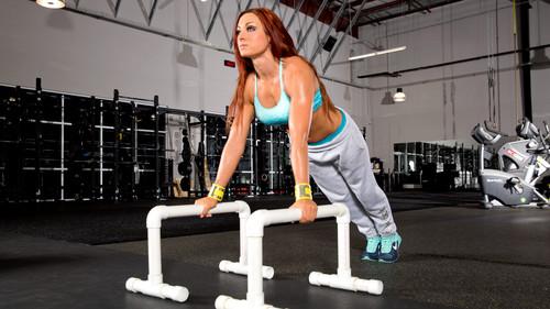 Diva WWE kertas dinding called Becky Lynch
