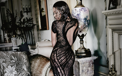 Beyonce پیپر وال possibly containing a living room and a drawing room titled Beyonce Vogue 2015