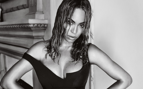 Beyonce wallpaper probably with attractiveness and a bustier entitled Beyonce Vogue 2015