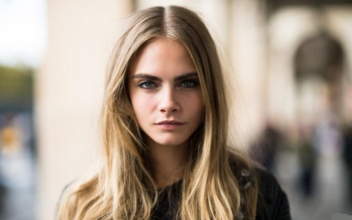Cara Delevingne Обои containing a portrait called Cara Delevingne