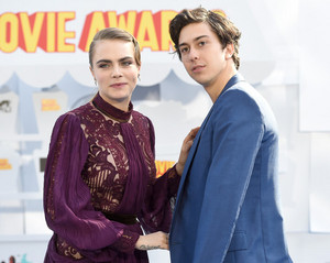 Cara and Nat - 2015 MTV Movie Awards