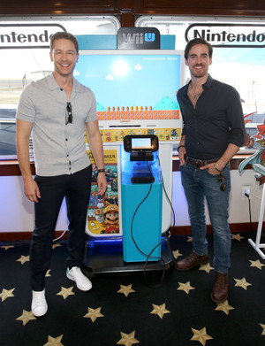 Colin O'Donoghue, Josh Dallas -The 任天堂 Lounge on the TV Guide Magazine Yacht at Comic-Con 2015