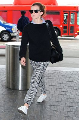 Emma spoted at LAX