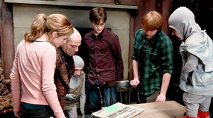 Exclusive: Harry Potter behind the scene (Fb.com/DanielJacobRadcliffeFanClub)