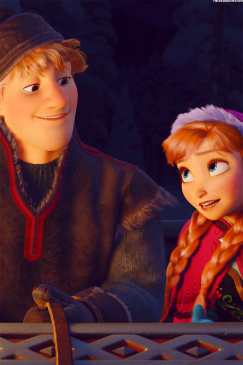 Frozen Phone Wallpaper - Elsa and Anna Photo (38708911 ...