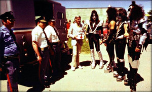 KISS ~(Borden Chemical Company) Depew, New York…May 25,1977