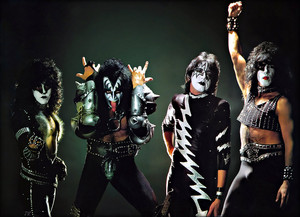 kiss ~Hilversum, Netherlands….November 25, 1982 (Creatures European Promo Tour)