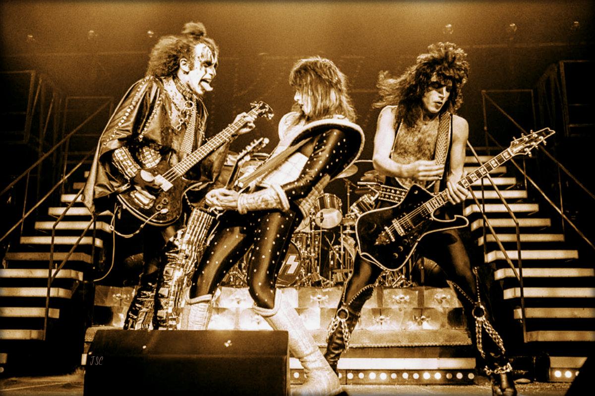 Kiss Fond Du0027écran Called Kiss (NYC) December 1977 (Alive II Tour