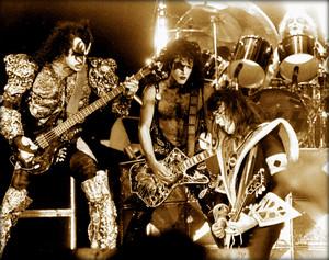 KISS ~San Francisco, California…November 25, 1979 (Cow Palace)