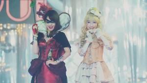 Kashiwagi Yuki and Watanabe Mayu - हैलोवीन Night