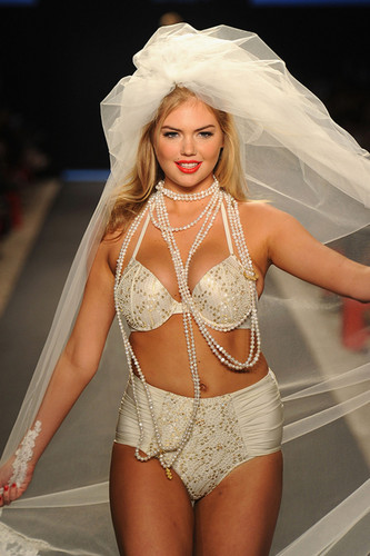 Kate Upton fond d'écran called Kate Upton