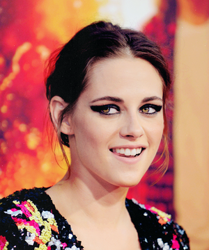 Kristen at American Ultra premiere
