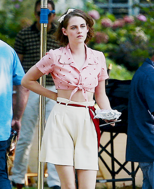 Kristen on set of Woody Allen's latest movie
