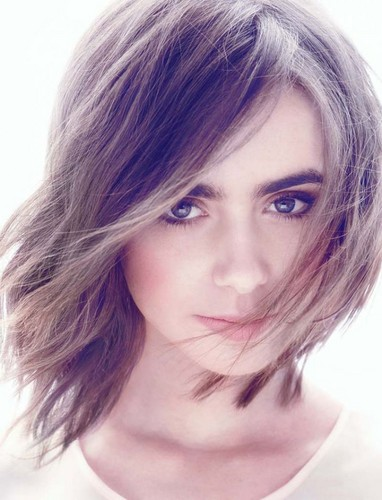 Random achtergrond with a portrait called Lily Collins