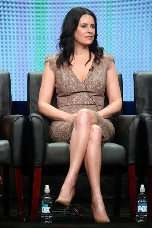 Paget Brewster at لومڑی TCA Summer All سٹار, ستارہ Party